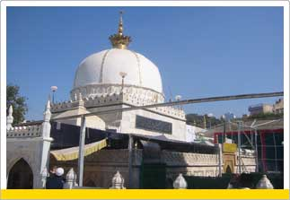 The Dargah Tour